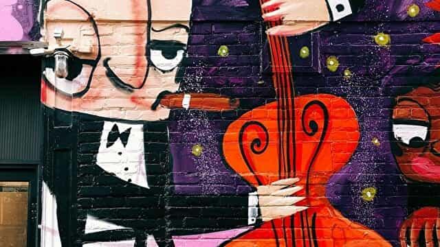 ウッドベースの右手の弾き方【ジャズのピッチカート・指弾き】