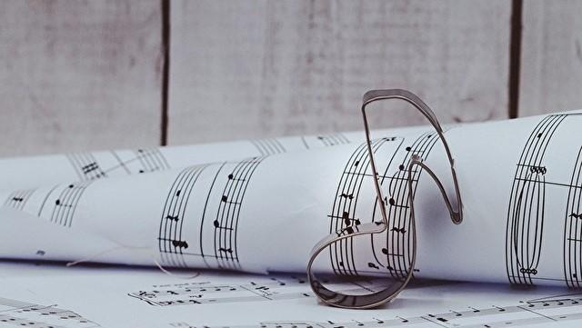 実際の楽譜で探してみよう
